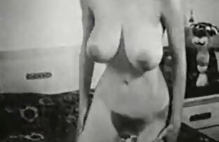 दोनों व्यक्तियों ने छात्र को वीडियो सेक्सी फुल मूवी एक जोड़ी देने की कोशिश की है