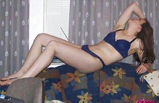 सौंदर्य से पता चलता सेक्स मूवी इन इंग्लिश है Blowjob आकर्षक