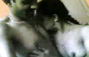 उठा xxx वीडियो हिंदी मूवी एक टहनी लड़की पार्क में