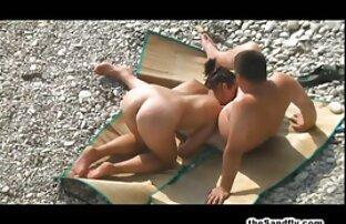 लक्जरी वीडियो में सेक्सी पिक्चर मूवी सेक्स लिंग बिस्तर के लिए आदमी के आसपास बंधे