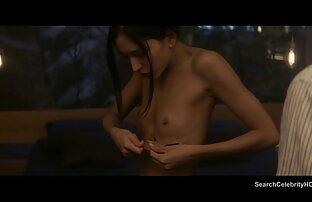 रूसी सेक्सी हिंदी मूवी सेक्सी लड़की एक आदमी से