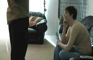 दो फूहड़ बेटा सेक्सी वीडियो फुल फिल्म और प्यार करने के लिए एक काले आदमी के साथ एक बड़ा मुर्गा