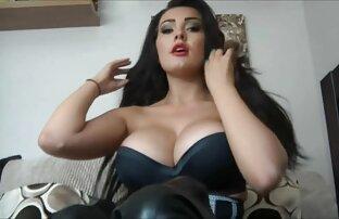 कैमरे का सेक्सी हिंदी मूवी वीडियो उपयोग, आज्ञाकारी फूहड़ सेक्स के दौरान